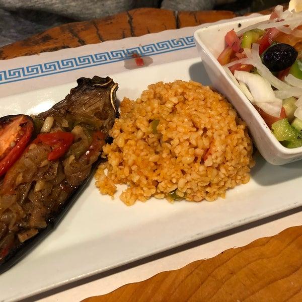 12/17/2017에 Sam S.님이 Anatolia Restaurant에서 찍은 사진