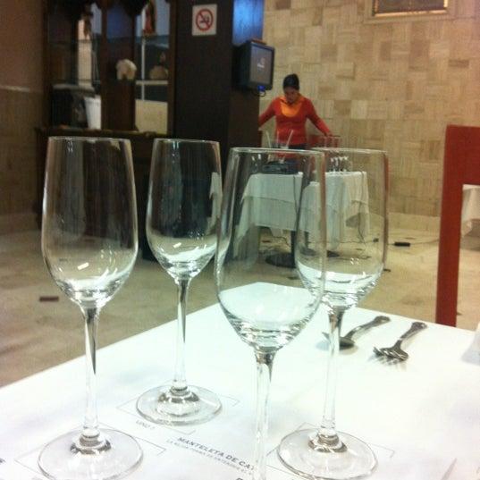 Das Foto wurde bei Restaurante Nicos von Jose Luis E. am 11/23/2012 aufgenommen