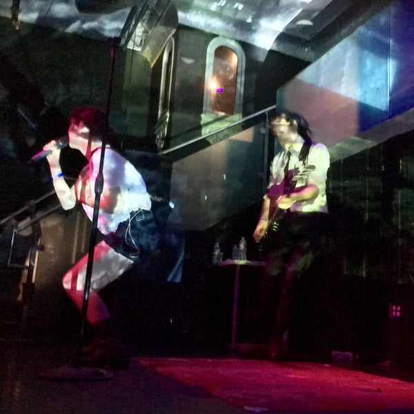 Foto tomada en Das Bunker por Chris C. el 10/17/2016