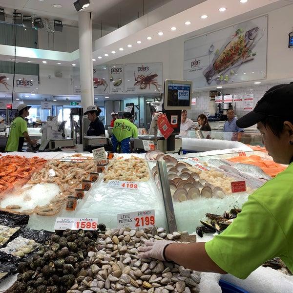Foto scattata a Peter's Fish Market da Simplicious C. il 2/15/2020