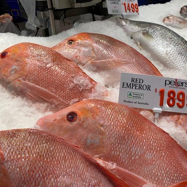 Foto scattata a Peter's Fish Market da Simplicious C. il 3/22/2020