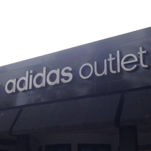 Adidas Outlet - Jl.Ir.H.Juanda, Lb.Siliwangi