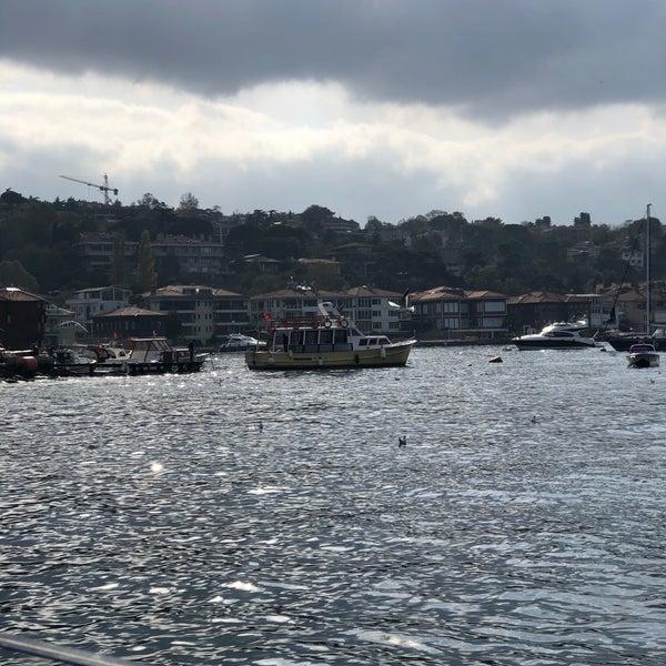 Foto diambil di İnci Bosphorus oleh Zuhal A. pada 11/28/2019