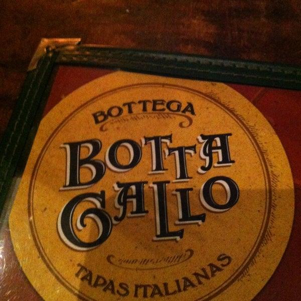 รูปภาพถ่ายที่ Bottega Bottagallo โดย Rubens M. เมื่อ 1/19/2013