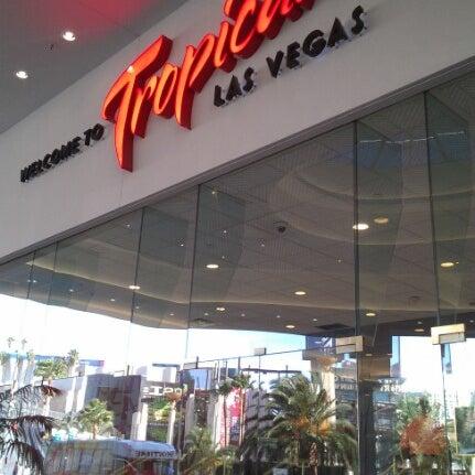Снимок сделан в Tropicana Las Vegas пользователем Kraskova V. 9/25/2012
