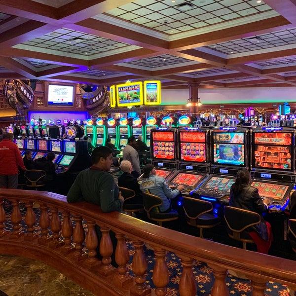 Online casino dealer school
