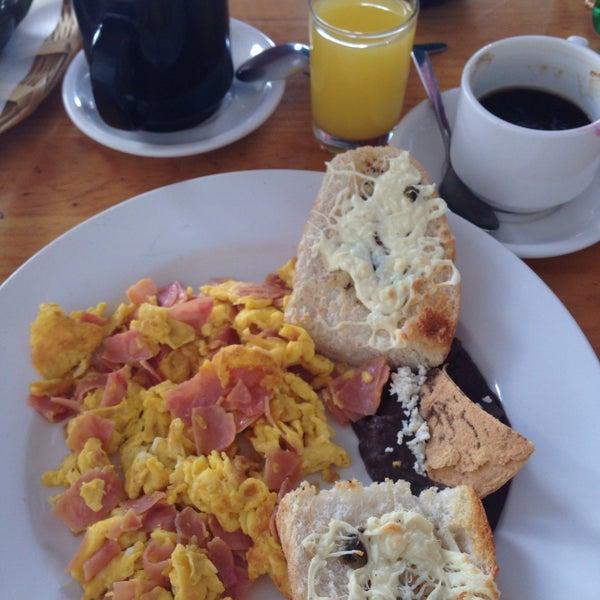 Foto tomada en Café Jaguar Yuú por Mori_G el 12/15/2015