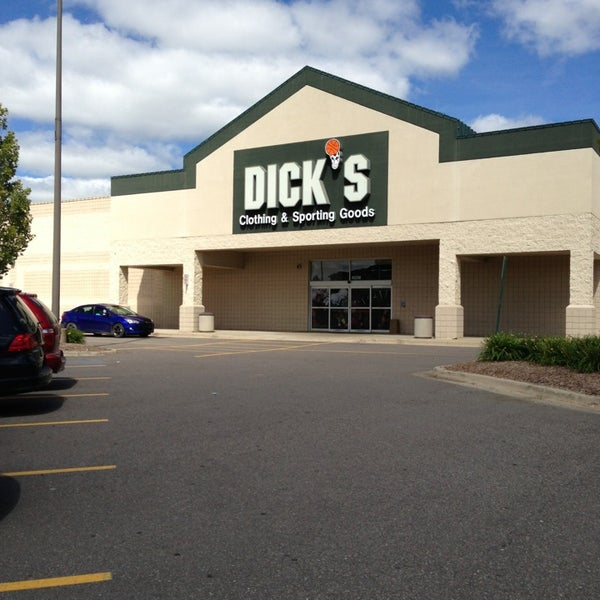 Dick's sporting goods hiring retail cashier in chesterfield, michigan, united states