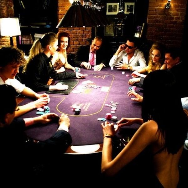 Москва покер клуб в ночной клуб вакансии москва без опыта