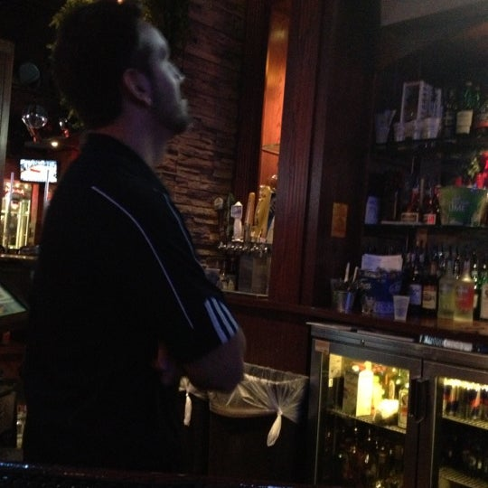 11/28/2012에 Joe R.님이 Sneaky Pete's에서 찍은 사진