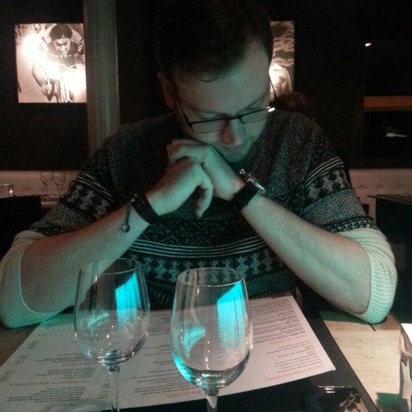 Photo prise au Noa Resto-Lounge-Bar par Kim v. le1/17/2014
