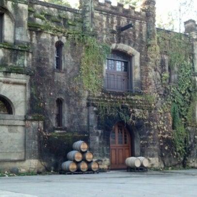 Снимок сделан в Chateau Montelena пользователем Lily A. 12/11/2012