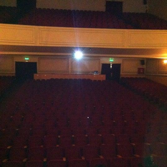 Foto diambil di Teatro Nescafé de las Artes oleh Martin Q. pada 10/9/2012
