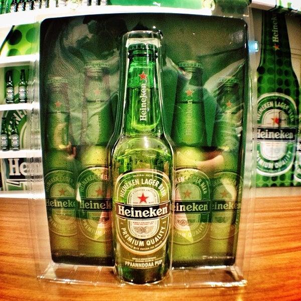 10/3/2013 tarihinde Panda P.ziyaretçi tarafından Heineken Experience'de çekilen fotoğraf