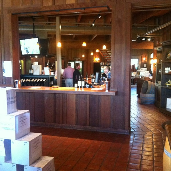 Foto scattata a Firestone Vineyard & Winery da Kathleen C. il 6/1/2013