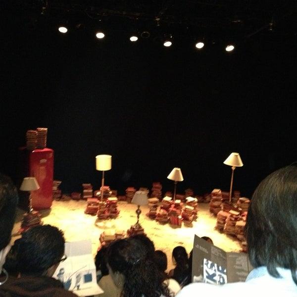 รูปภาพถ่ายที่ Foro Shakespeare โดย Dulce M G. เมื่อ 2/10/2013