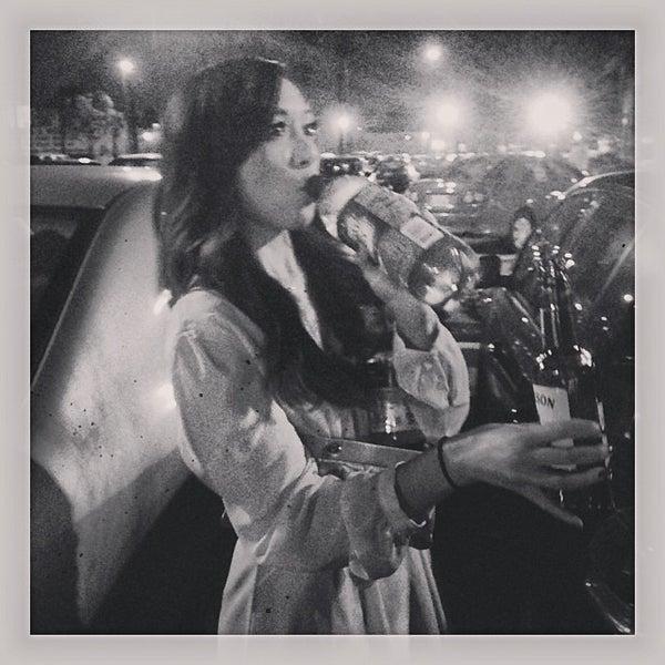 1/11/2014에 Jenn I.님이 Salvage Bar & Lounge에서 찍은 사진