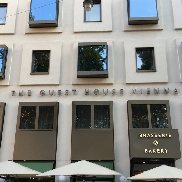 Foto tirada no(a) The Guesthouse Vienna por Zain B. em 9/14/2016