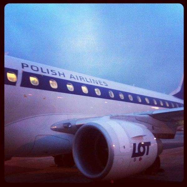 11/30/2012에 Nikolay S.님이 바르샤바 쇼팽 공항 (WAW)에서 찍은 사진