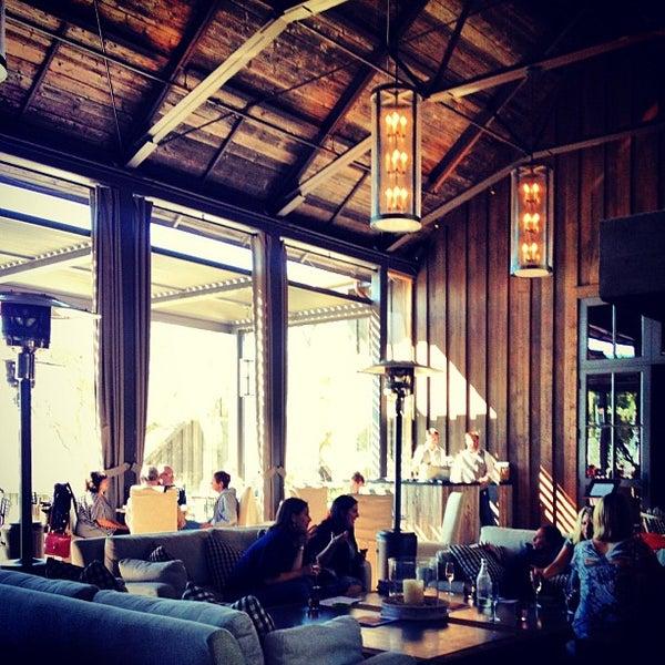 รูปภาพถ่ายที่ Ram's Gate Winery โดย Isaiah S. เมื่อ 10/14/2012