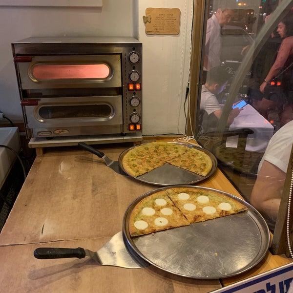 Das Foto wurde bei Giuseppe Pizza von Nir T. am 8/12/2019 aufgenommen