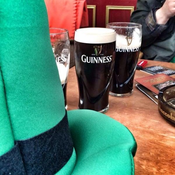 Das Foto wurde bei Fritzpatrick's Irish Pub von Stefan am 3/17/2014 aufgenommen