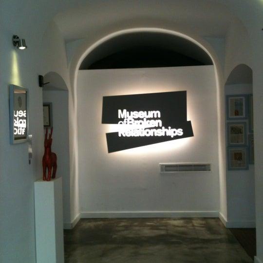 9/19/2012 tarihinde Anita V.ziyaretçi tarafından Muzej prekinutih veza | Museum of Broken Relationships'de çekilen fotoğraf