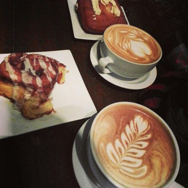 2/10/2013에 BdBusiness G.님이 The Wormhole Coffee에서 찍은 사진