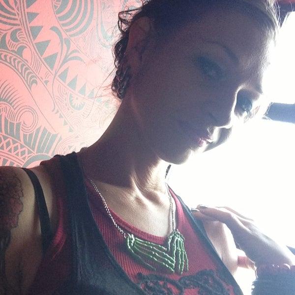 Foto scattata a Madame Zuzu's Tea House da Ozzy il 6/22/2013