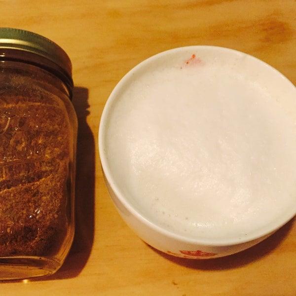 Rico Chai Latte hecho en casa. Con o sin té negro. Recomiendo.