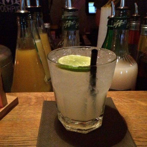 Cocktail HappyHour von 19-21h. Aber auch danach immer einen Abstecher wert!