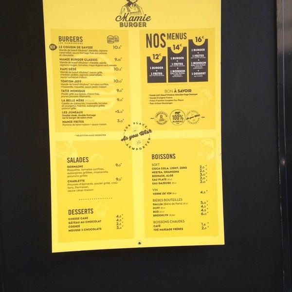 Foto tirada no(a) Mamie Burger Grands Boulevards por Maurice S. em 3/27/2014