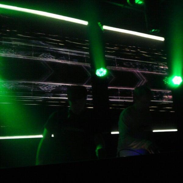 Das Foto wurde bei Foundation Nightclub von J.e. S. am 1/27/2013 aufgenommen