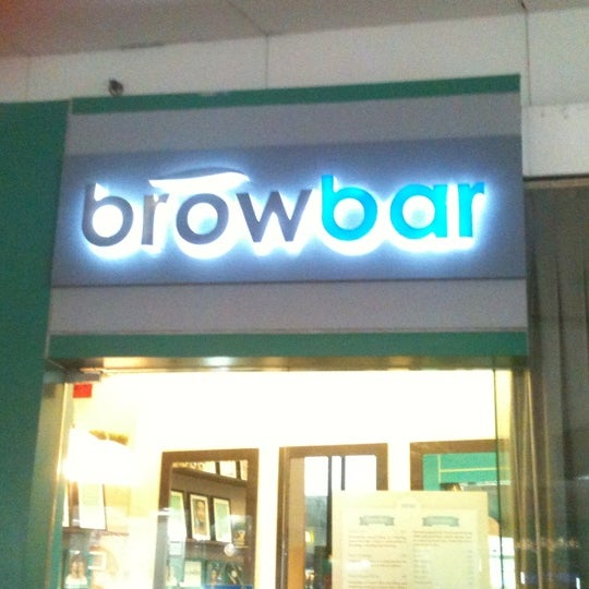 Brow Lounge - Salon / Barbershop in Pasay
