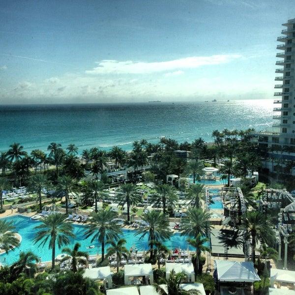 Photo prise au Fontainebleau Miami Beach par Dmitriy S. le12/30/2012