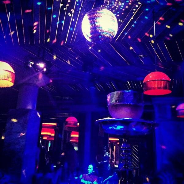 Foto scattata a Shishas Sferum Bar da FlipGirl B. il 6/28/2013
