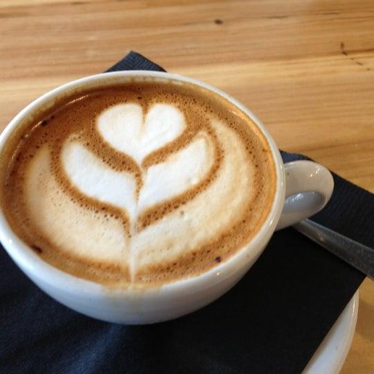 10/6/2012にSarah L.がCondesa Coffeeで撮った写真