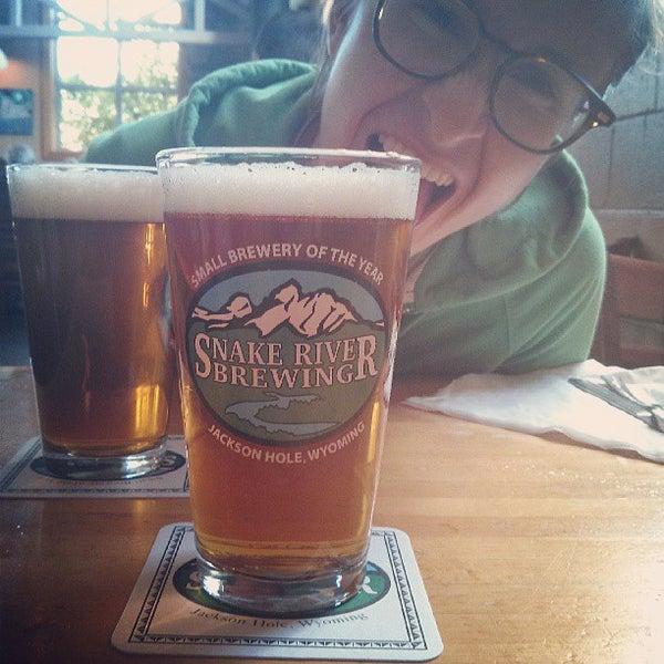 Das Foto wurde bei Snake River Brewery & Restaurant von Luke B. am 7/13/2013 aufgenommen