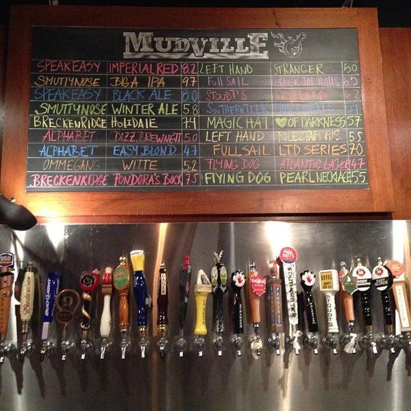Photo prise au Mudville Restaurant & Tap House par Thomas S. le1/30/2013