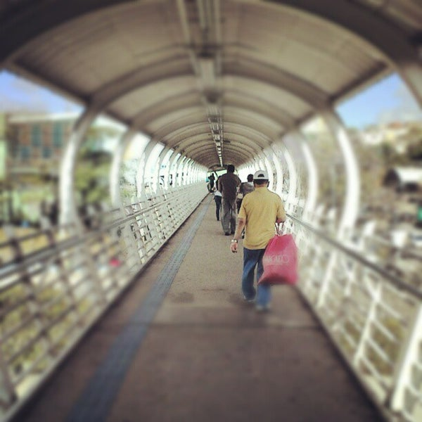 9/22/2012 tarihinde Reinaldo B.ziyaretçi tarafından Shopping Campo Limpo'de çekilen fotoğraf