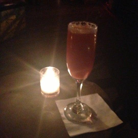 Das Foto wurde bei Vodou Bar von Lizmarys A. am 10/21/2012 aufgenommen
