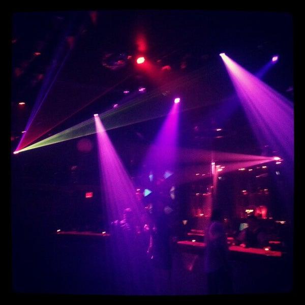 Das Foto wurde bei ROKBAR von Mike M. am 12/30/2012 aufgenommen