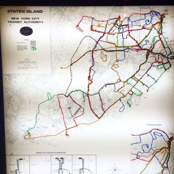 รูปภาพถ่ายที่ New York Transit Museum โดย Brian H. เมื่อ 7/29/2014