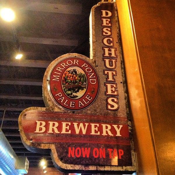 Снимок сделан в Deschutes Brewery Bend Public House пользователем David V. 2/16/2013