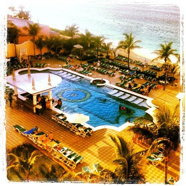 Photos at Riu Paradise Island Resort - Paradise Island, Bahamas