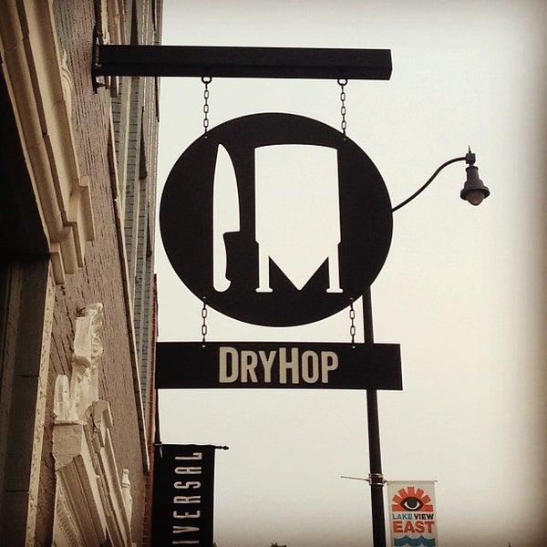6/22/2013에 DJ M.님이 DryHop Brewers에서 찍은 사진