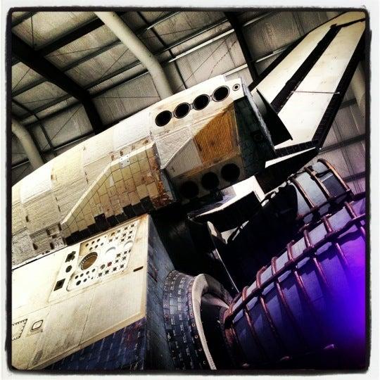 รูปภาพถ่ายที่ California Science Center โดย iPhone J. เมื่อ 11/18/2012