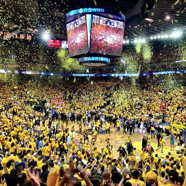 รูปภาพถ่ายที่ Oakland Arena โดย Greg W. เมื่อ 5/12/2013