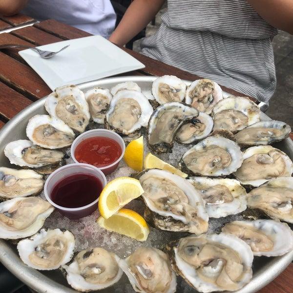 7/15/2018にMariana L.がBait & Hook Seafood Shackで撮った写真