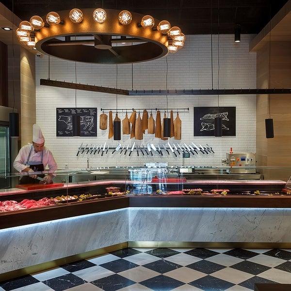 Foto diambil di Seraf Restaurant oleh Seraf Restaurant pada 5/31/2016
